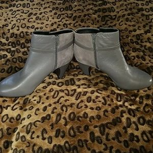 Easy Spirit Shoes - Brand new super cute boots
